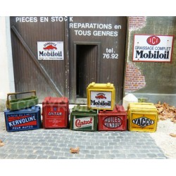 Advertising boxes for transporting cans of motor oil